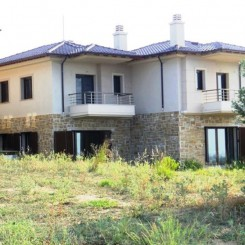 13 Maisonetten in einen Komplex auf Chalkidike Chanioti zu Verkaufen