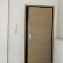 Neuwertige Erdgeschoß Wohnung 70 qm ca. 100 Meter entfernt vom Strand in Nea Flogita Chalkidike