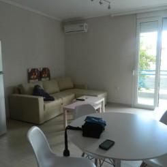 Neuwertiges voll möbliertes Apartment in Chalkidike Nea Plagia