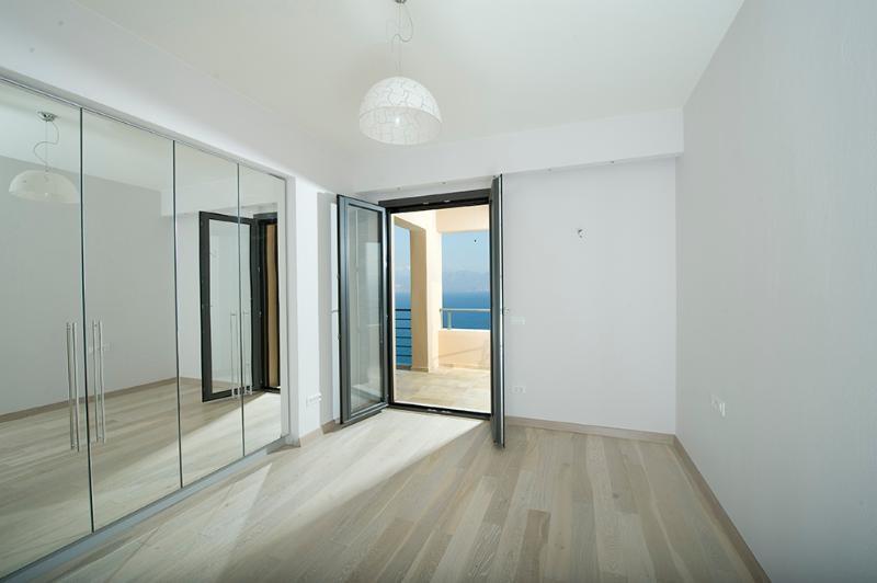 haus villa kaufen in elounda agios nikolaos kreta. Black Bedroom Furniture Sets. Home Design Ideas