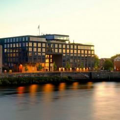 Büros mit Blick auf die Weser, exklusiv möbliert! Provisionsfrei, flexible Laufzeiten