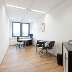 komplett eingerichtete Büros mit oder ohne Service