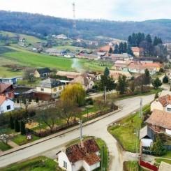 authentisches Bauernhaus im Dorfzentrum Jagd- und Wanderziel
