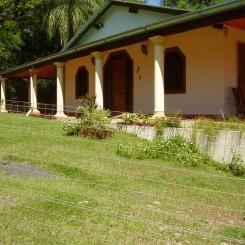 Wohnhaus mit 13 ha. Land