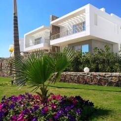 Moderne Twin Villa (Doppelhaushälfte) am Roten Meer