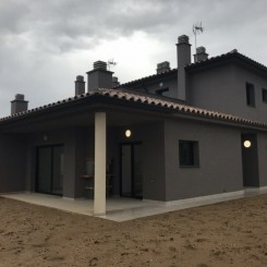 Neues Haus in Far d'Empordà (Alfar), Figueres
