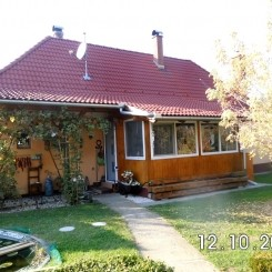 Ungarn: Haus mit Gästehaus zu verkaufen