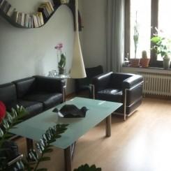 Stilvolle Wohnung in guter Wohnlage mit Balkon