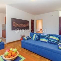 Cizici, Verkauf, Wohnung von 48 m2 im ersten Stock mit Garten!