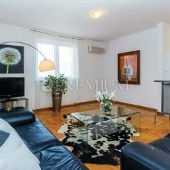 Cizici, Verkauf, Wohnung von 48 m2 im Erdgeschoss mit Garten!