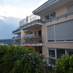 Helle 3,5 Zimmer Wohnung mit Südbalkon