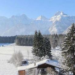 Österreich - Salzburg - Lofer: Idyllisches Ferienhaus umgeben von Gebirge - Winterlage