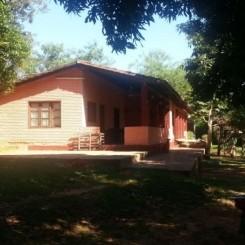 Landgut mit 90 ha und zwei Wohngebäuden und Getränkefabrik bei Yataity Paraguay