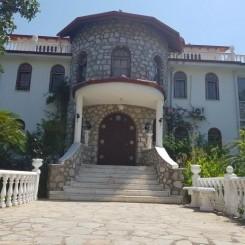 Romantik Villa Dalla – mit einzigartigen Garten,1 Yogahaus und 3 Gästebungalow