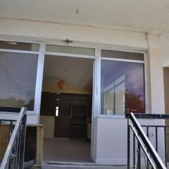 Wohnung 35km von Athen Zentrum und 3km vom Strand zu verkaufen