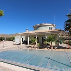 ***Villa mit einem traumhaften Panoramablick auf die Küste von Alicante***