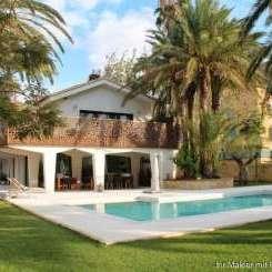 ***Luxuriöse Villa in Las Marinas, Denia mit 2000 m² Grundstück und nur 40 m zum Strand***