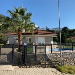 Villa mit Einliegerwohnung, privatem Pool, Garten und Meerblick in Oba, Alanya