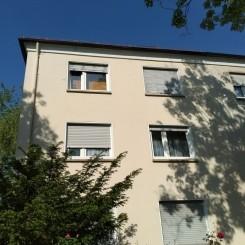 Idyllische 70m2 3 Zimmer Küche Bad Diele Balkon Pantry Wohnung