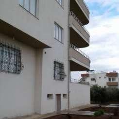 3 Etagen Wohnung+Terrase mit Garten