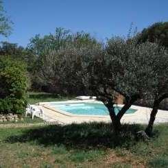 Lust auf Provence? Einfamilienhaus mit Pool und grossem Garten